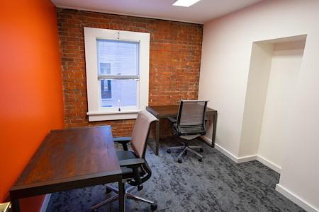 En Masse Coworking - Maple Office