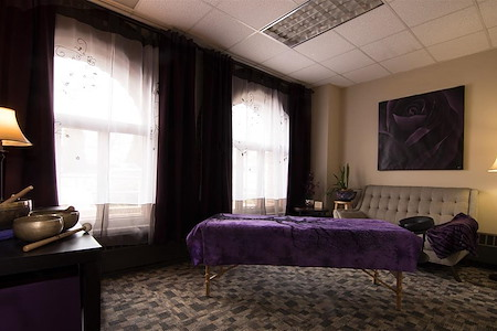 Shine Professional Suites - Suite 2 Counseling/Massage room