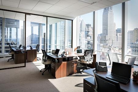 Silver Suites Offices - 4 World Trade Center - Corner Suite