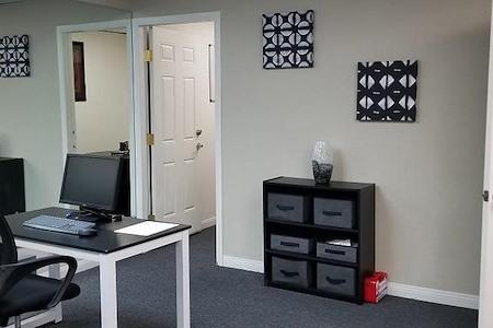 Wadeco Business Center - Open Desk 3