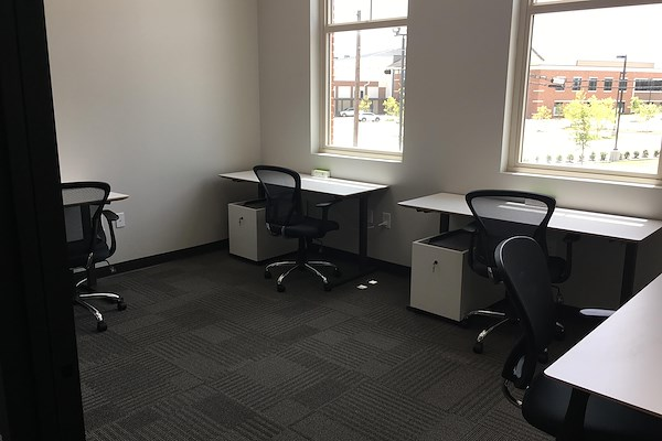 BOSS Office & CoWorking - 4 person office
