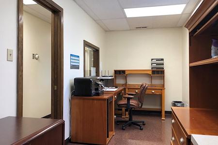 Oak Lawn Office Space