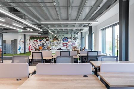 London Connectory - Dedicated Desk 1