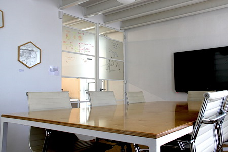 Craft and Graft (Pty) Ltd - Meeting Room Hotstix