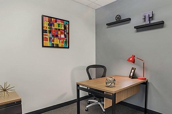 Regus | Beacon Hill, 100 Cambridge Street - Team Office