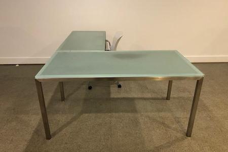 17 West Federal Street - Middleburg - Dedicated Desk (Downstairs)