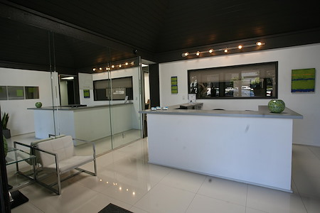 Airport Plaza Center II - Suite 106 - Window Office