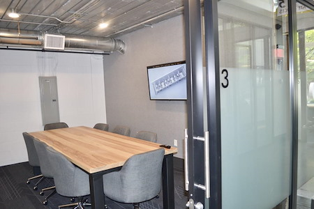 Meet at Ponce - Meeting Room for 8 near PCM