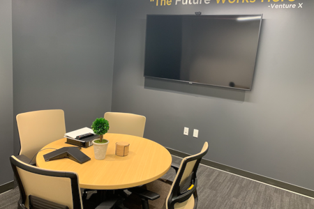 Venture X Frisco - Stonebrook - Bluebonnet Conference Room