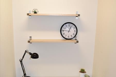 CO Work'n - Dedicated Desk