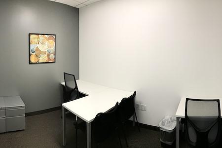 Regus | Del Amo - Office 248