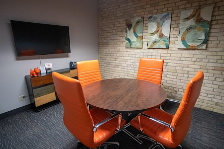 Union Plaza OffiCenter - Nicollet