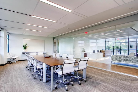 Avanti Workspace - Carlsbad - Longboard Meeting Room