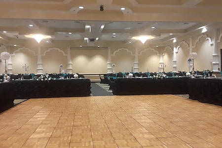 Holiday Inn Express - Ballroom C