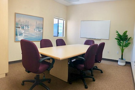 Private Conference room for 8 - Near I-5 - Meeting Room 1
