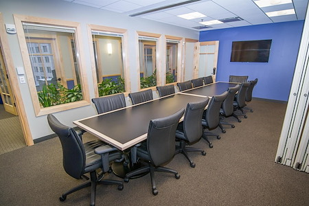 Intelligent Office - Boston - Large Conf Room