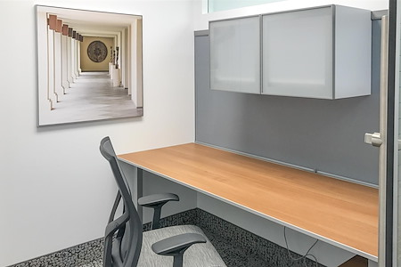 Symphony Workplaces - Palm Beach - Solo Private Workstation