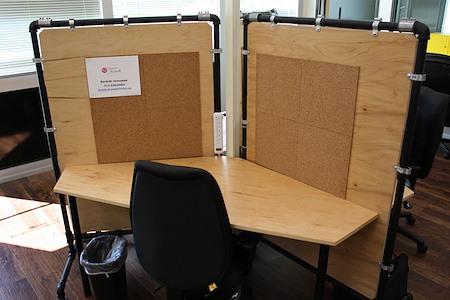 T-Werx Coworking - Dedicated Desk