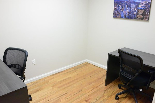 Select Office Suites Chelsea - Americana Private Office
