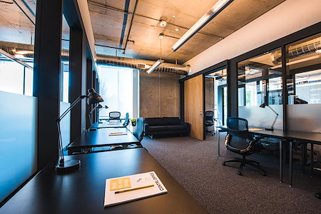 CENTRL Office Downtown - 9 Person Private Office Suite