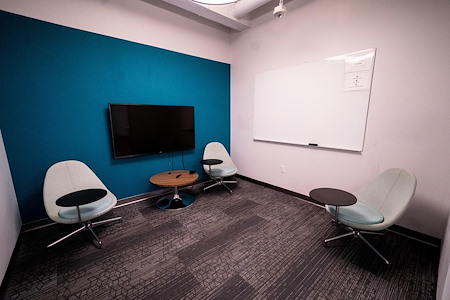 MakeOffices | Reston Town Center - 3 Person Office
