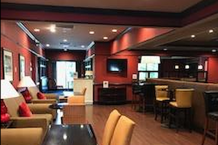 Four Points by Sheraton Wakefield Boston Hotel - Private  Restaurant Space