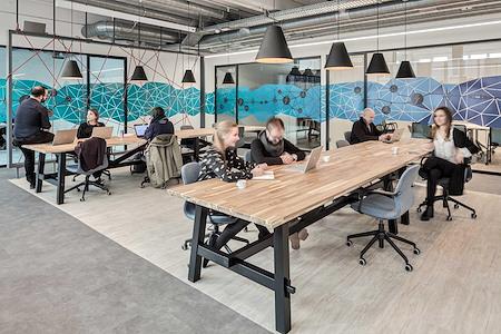 Office LAB Trafo - Fix Desk