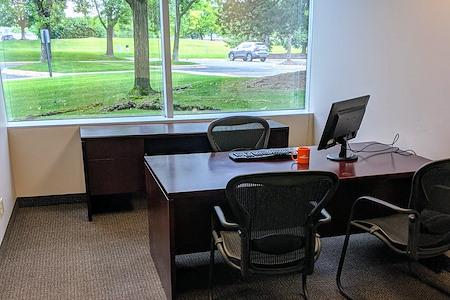 Minnetonka OffiCenter - Office 136