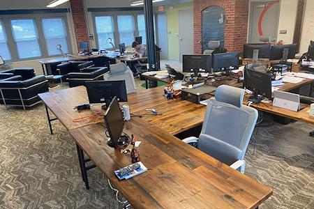 Prime Rock - Open Desks
