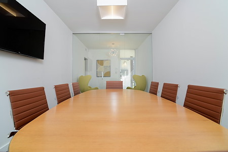 MidMod Suites - Conference Room