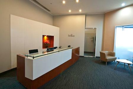 Regus | Manila Enterprise Makati - Open Desk
