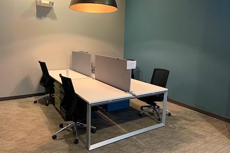 Versa Grandview - Dedicated Desk