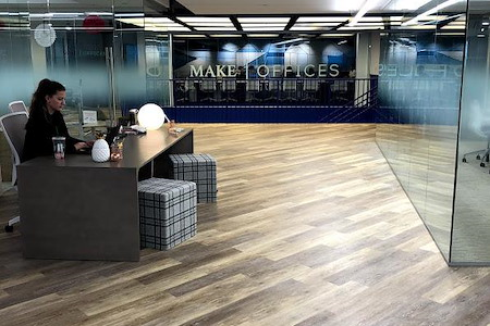 MakeOffices | 17th & Market - 28 Person Office Suite