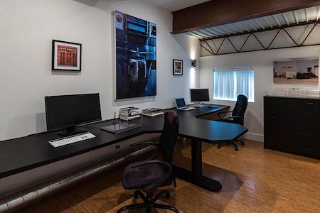 Phosphor Studio - Duo Suite A3