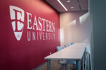 Eastern University Center City - Open Desk 1