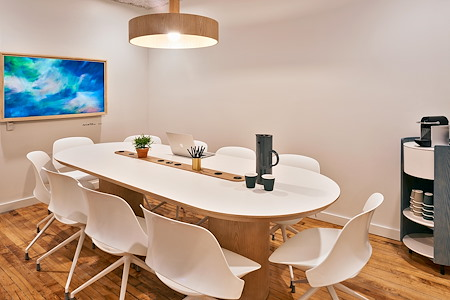 Meet In Place SoHo - Premium Conference Room #2