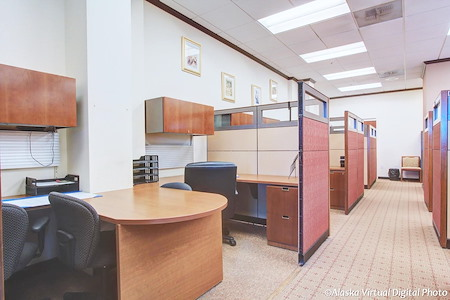 Alaska Co:Work / Northern Trust Real Estate Building - Dedicated Desks