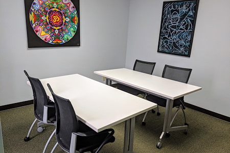 mindwarehouse - Suite 804 Meeting Room