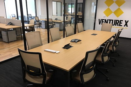 Venture X | Dallas by the Galleria - Large Meeting Room