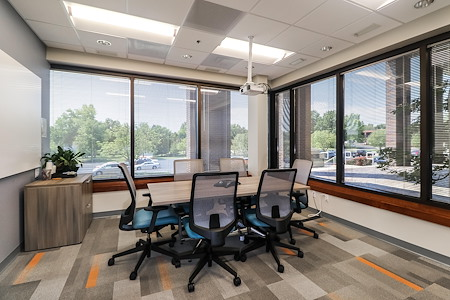 Office Evolution - Overland Park - Aloha Conference Room