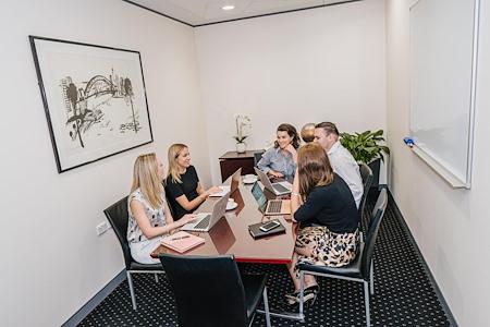Servcorp Nishi - Meeting Room | 8 people