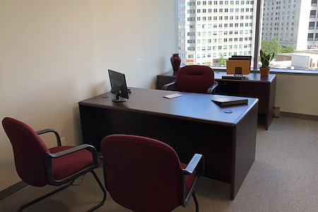 TKO Suites Arlington - 4 Person, Window Office! Move In Ready!