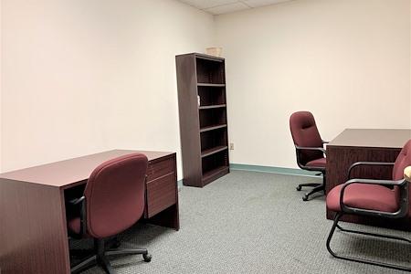 TKO Suites Rockville - Day Office