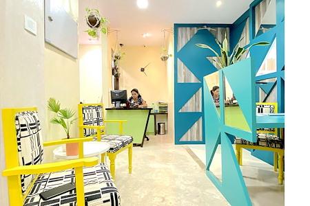 HourSpace - Flexi Desk Space near Gateway of India