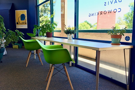 Davis Coworking, Upstairs - Monthly membership