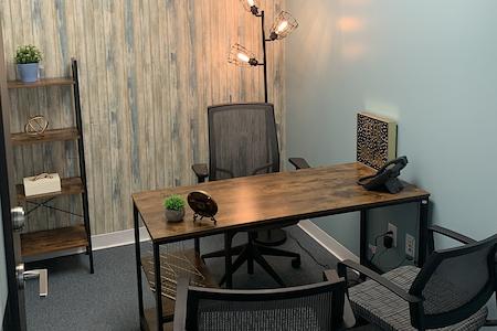 Quest Workspaces- 1395 Brickell - Interior Office