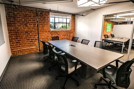 Cross Campus San Diego - Coronado Meeting Room
