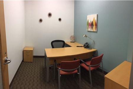 Regus | Gateway Plaza - Office 339