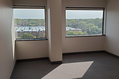 Park OffiCenter - Office 779