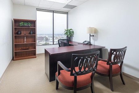 (MIC) 2600 Michelson Drive - Window Office